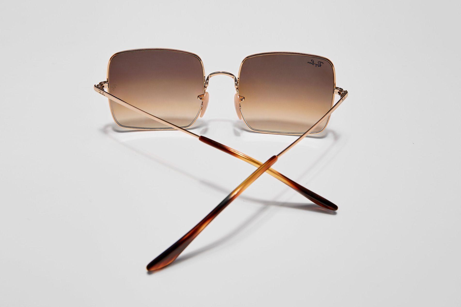 6e12b4eda9 Gafas de sol de tendencia para mujer - Logomania | Sunglass Hut España