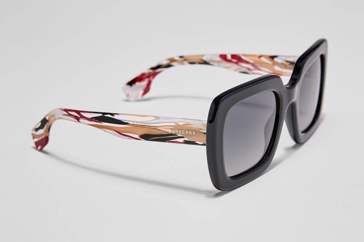 8b931be6a0b Trending Sunglasses for Women - Logomania