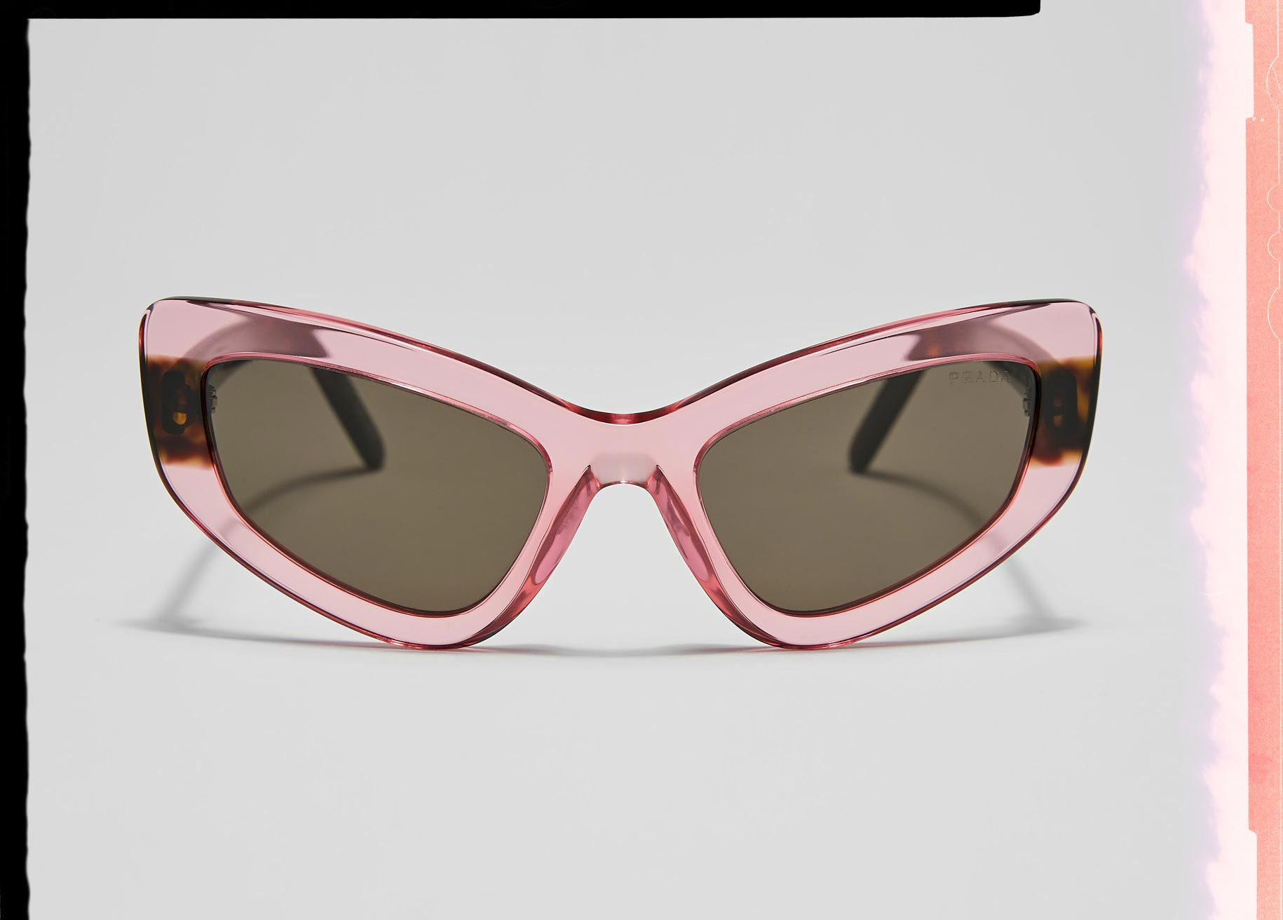 0ff430be4a1 Trending Sunglasses for Women - Logomania