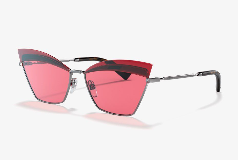 65d738a99 Trending Sunglasses for Women - Logomania | Sunglass Hut US